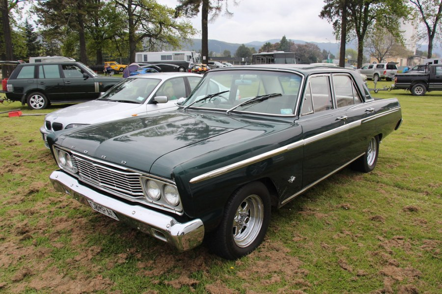 1965 ford cars » 1965 Ford Fairlane 500 Sedan   Ivy Green From 1962  Fords ma      Flickr     1965 Ford Fairlane 500 Sedan   by Sicnag