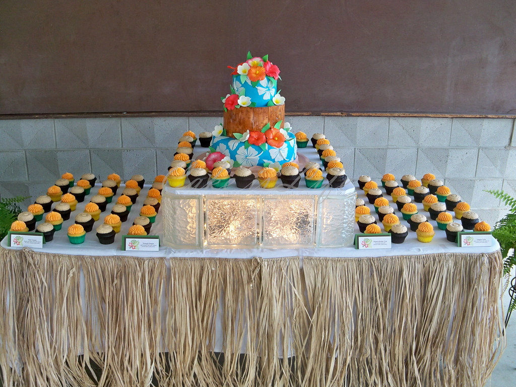 Hawaiian Themed Wedding Cake and Cupcake Display   09 2011        Flickr     Hawaiian Themed Wedding Cake and Cupcake Display   by Cake is Life    Emily
