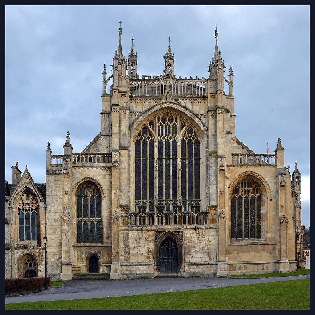 Gloucester Cathedral The West Front Of Gloucester