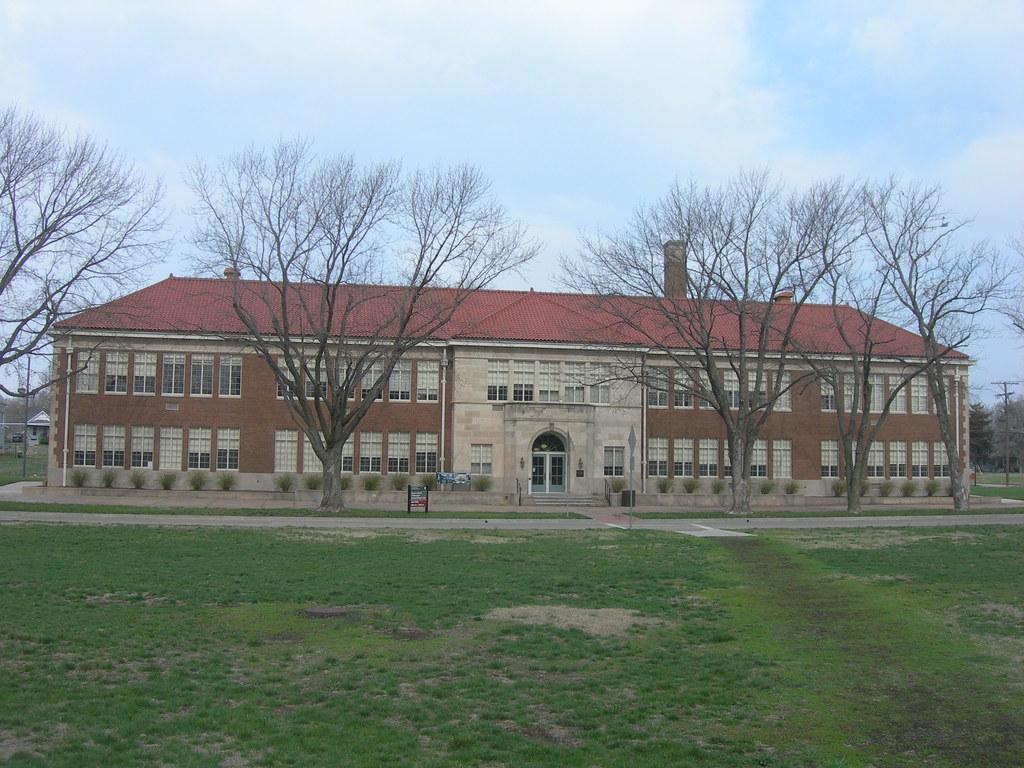 Monroe Elementary School | Topeka, Kansas Constructed in ...