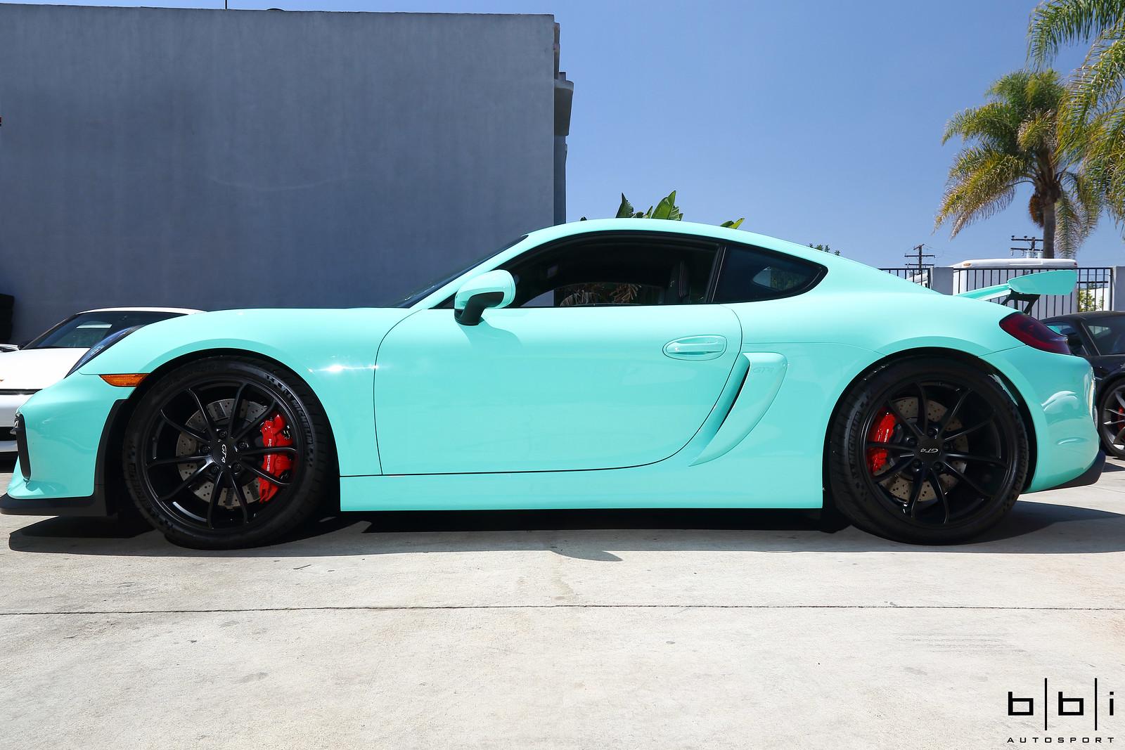 Flyinglracing S Pts Mint Green Porsche Cayman Gt4