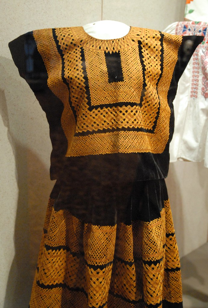 Tehuantepec Costume This Huipil And Skirt Costume Would