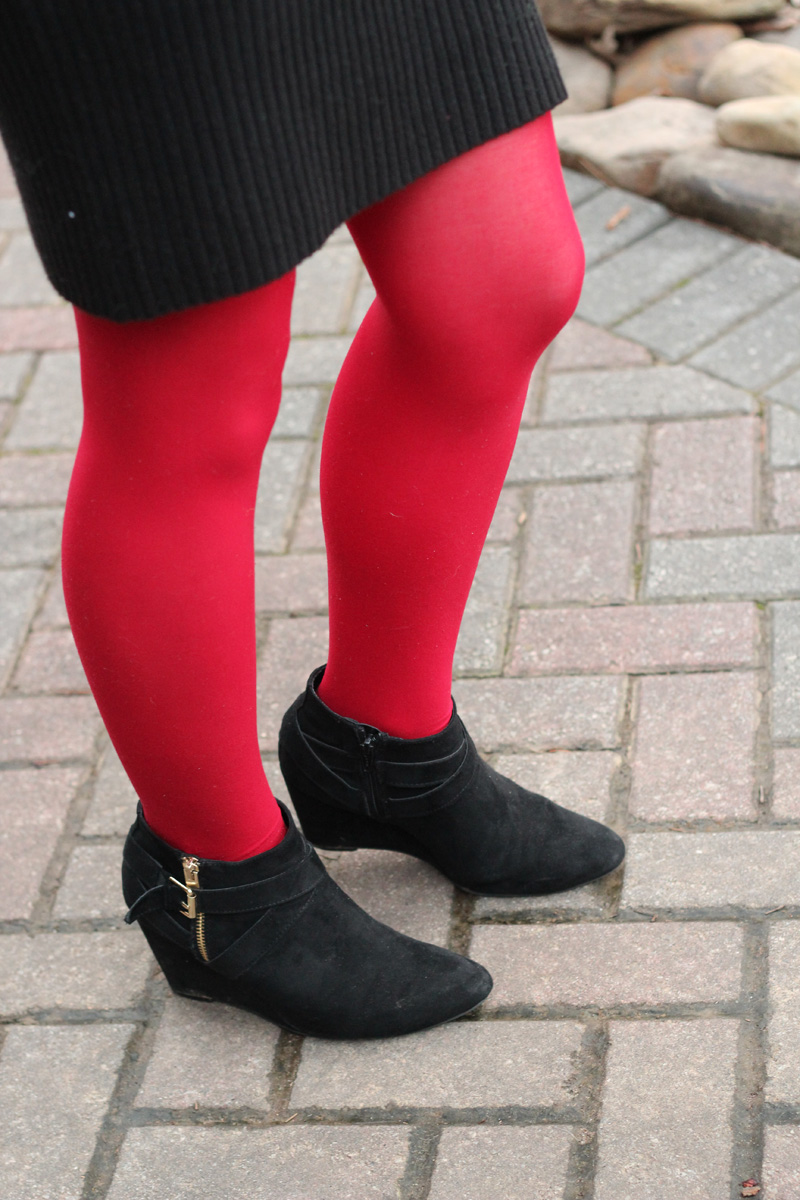 Work Outfit Turtleneck Sweater Dress With Red Tights And