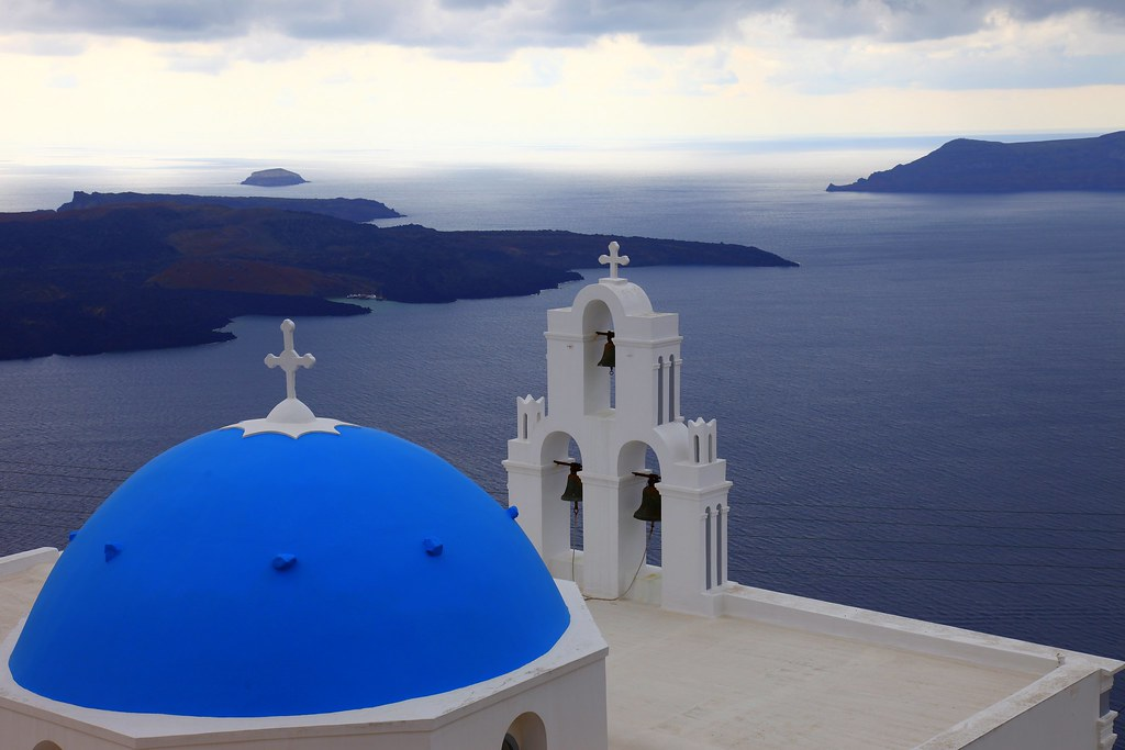 The Blue Domes Of Santorini ί This Is The