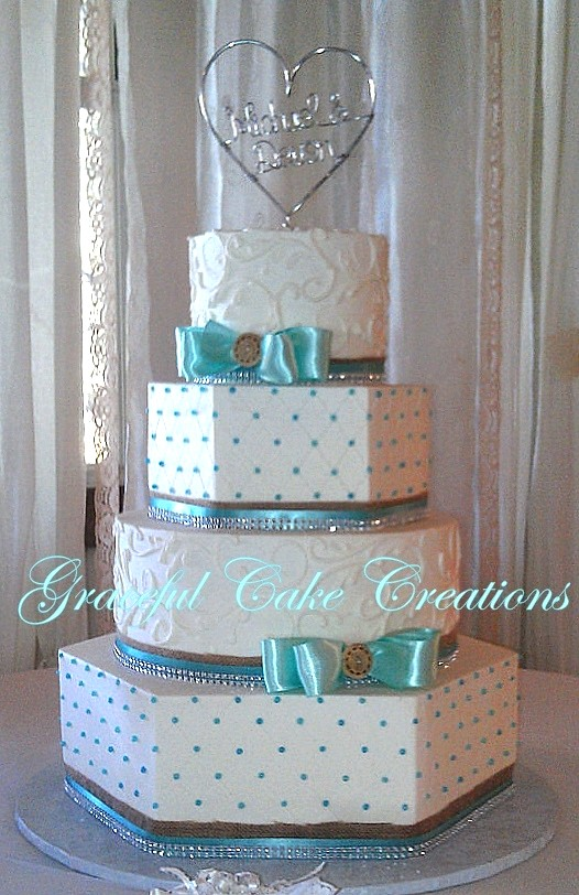 Cake And Tiffany Coral Blue Wedding