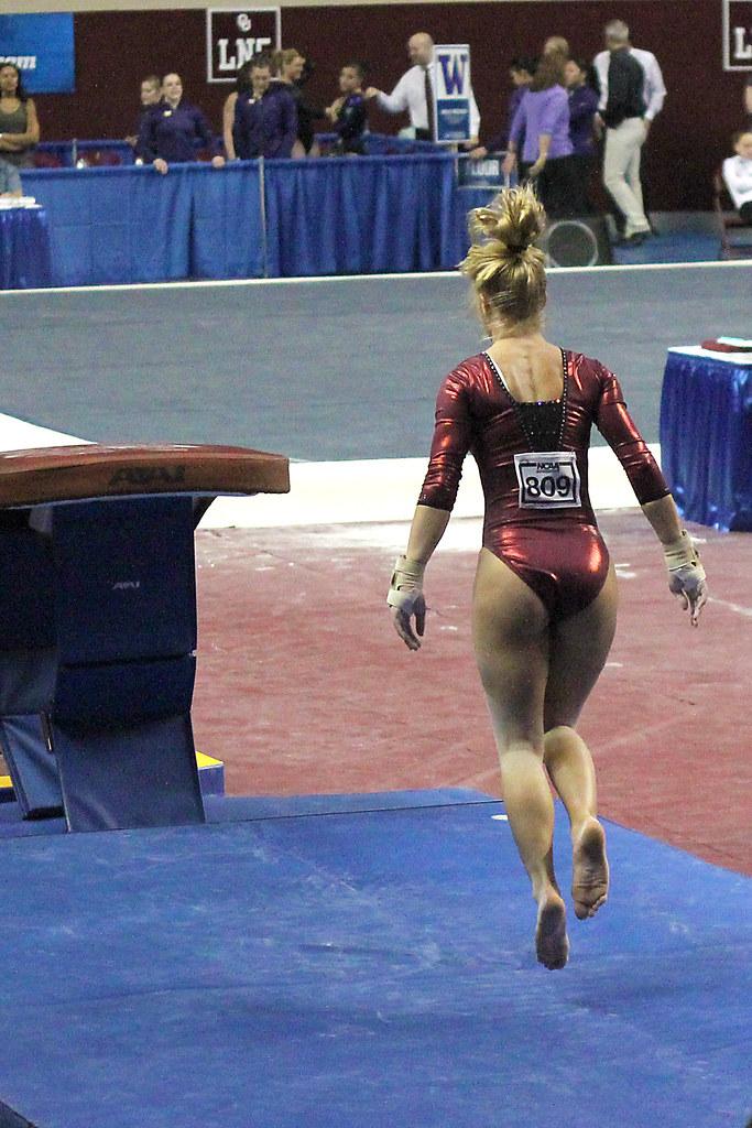 Brittany Johnson Ncaa Regionals Vault 1 Erin Costa Flickr