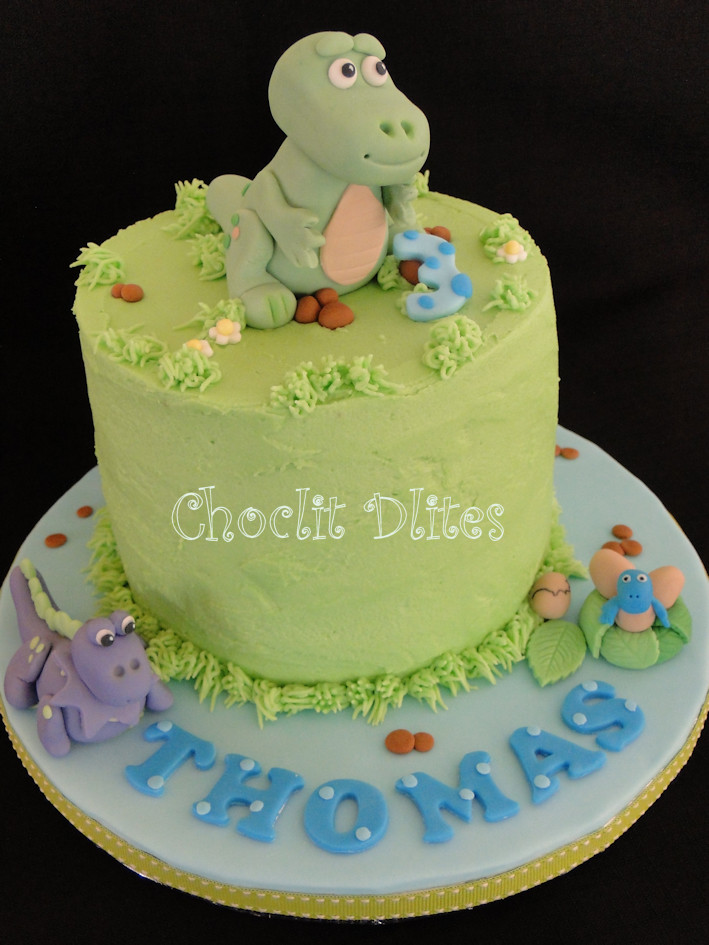 Thomas Dinosaur Cake Happy Birthday Thomas 15cm Choc