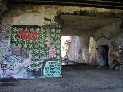 Battery Steele (1942) – graffiti | Florida Av, Peaks ...