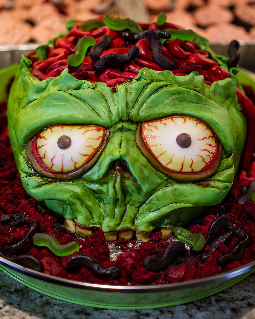 Zombie Cake My Bro Made This Cake For His Son S 4th