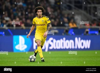 Axel Witsel High Resolution Stock Photography And Images - Alamy