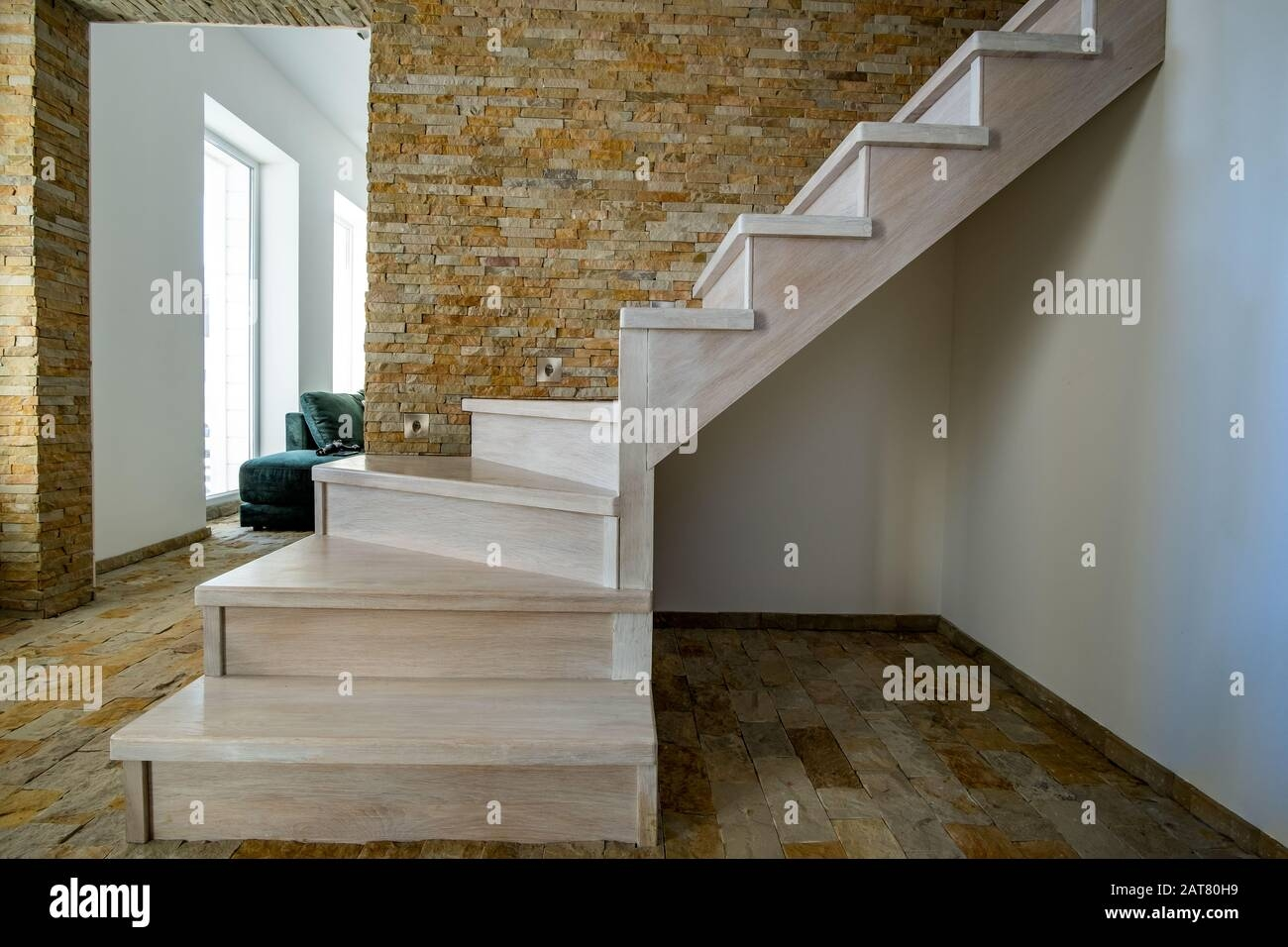 Stylish Wooden Contemporary Staircase Inside Loft House Interior | Staircase Inside House Design | Spiral Stair Case | Stair Railing | Modern Staircase Ideas | Steel | Staircase Makeover