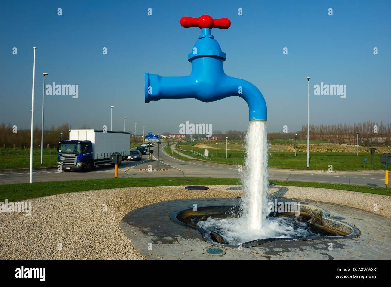 Ypres Floats Water Faucet