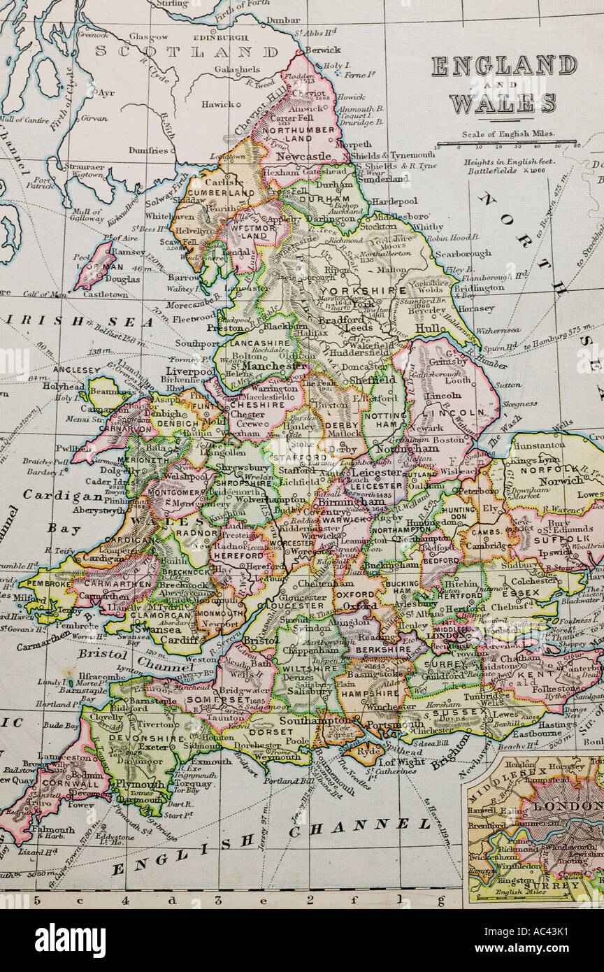 an old 100 year old map of england showing county boundaries Stock     an old 100 year old map of england showing county boundaries