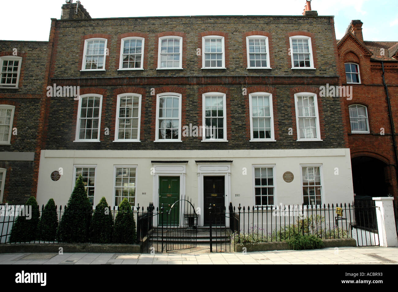 Adjoining Houses in Chelsea London with Blue Plaques-One ...