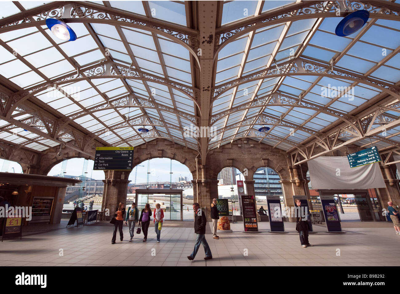 Interior Sheffield Railway Station Stock Photos   Interior Sheffield     Interior of Sheffield Midland railway station England  Great Britain     Stock Image