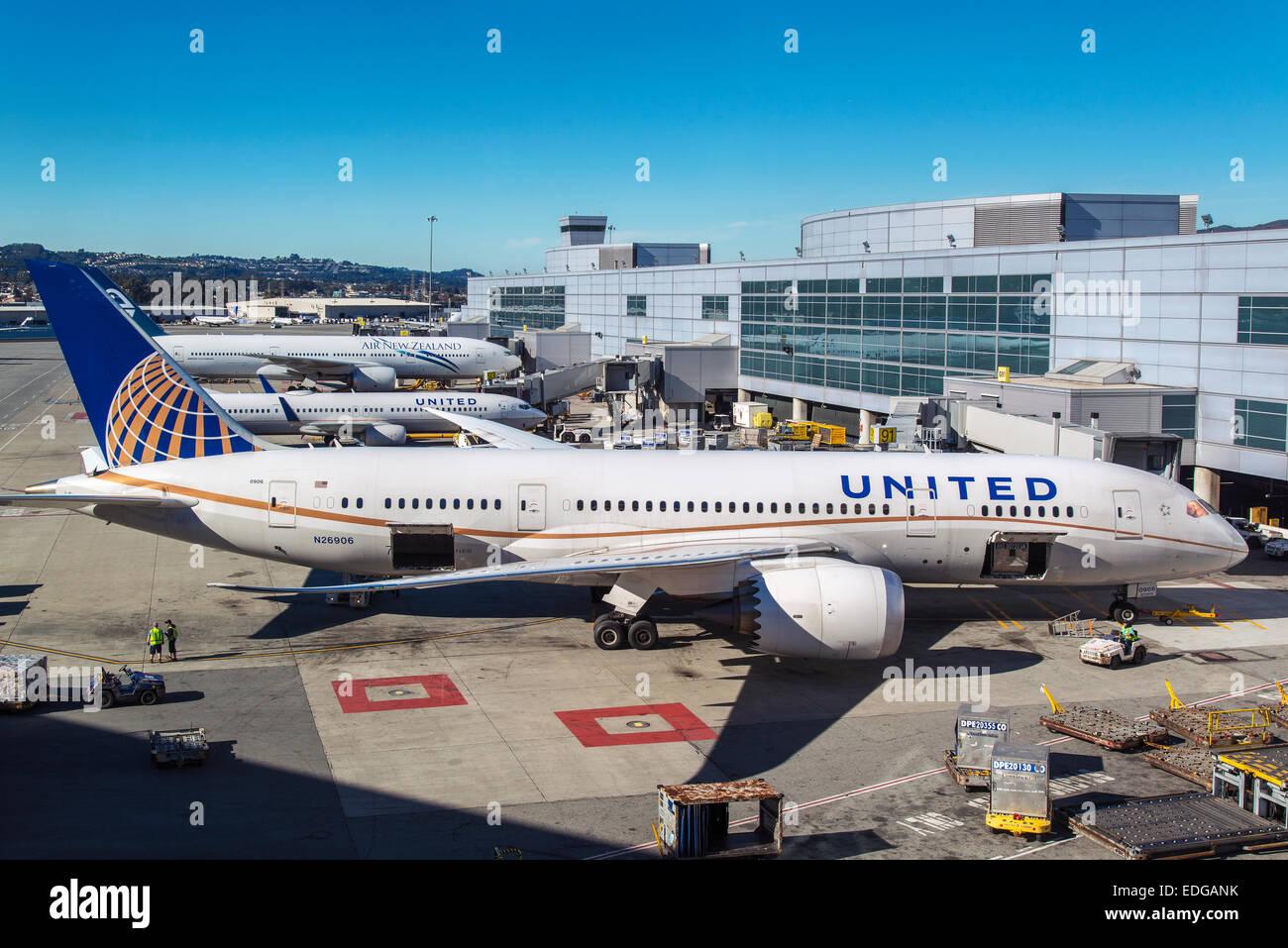united 787 boeing 800 seating dreamliner