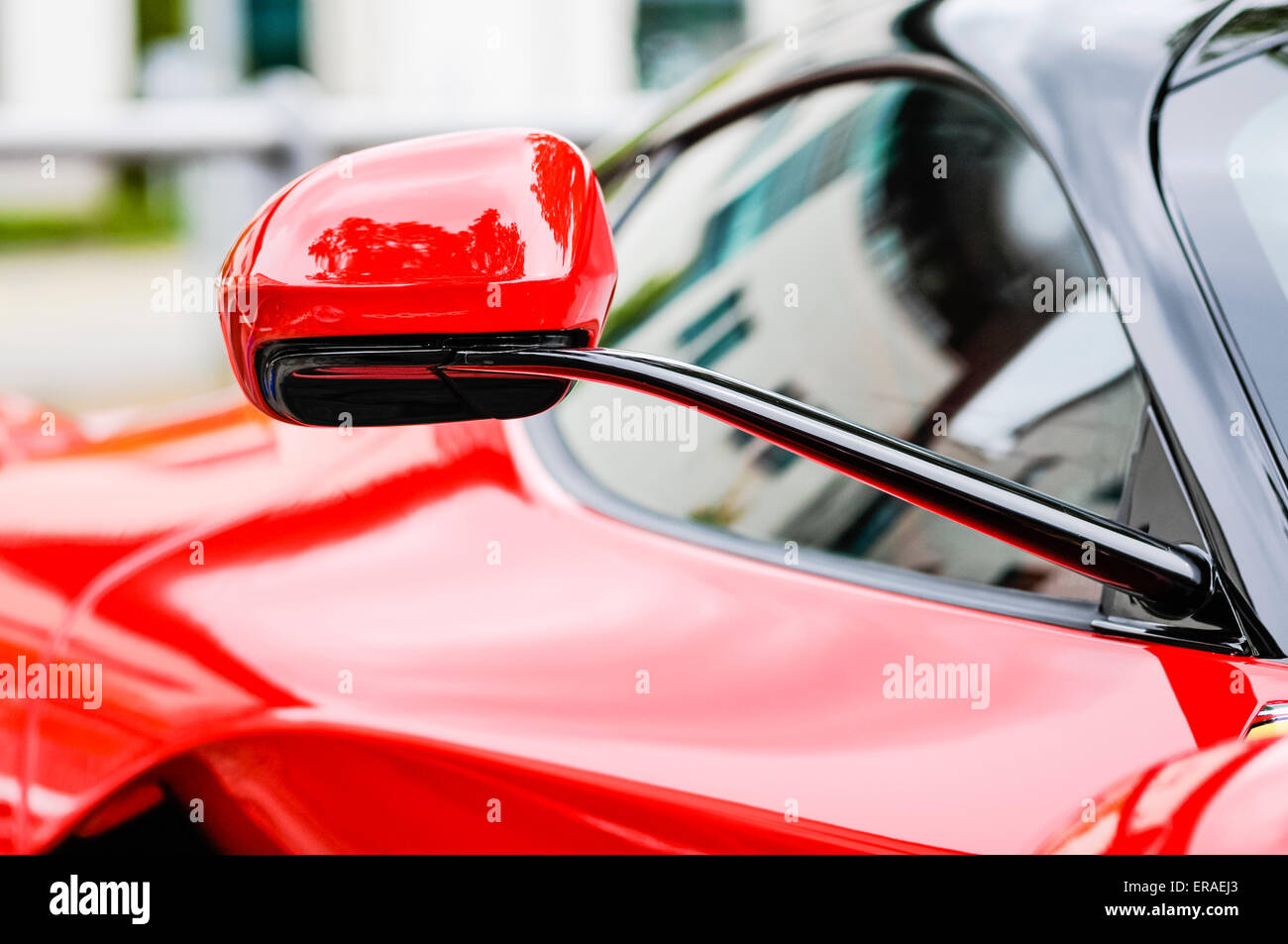 Wing Mirrors Stock Photos & Wing Mirrors Stock Images - Alamy