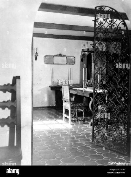 JOAN CRAWFORD HOUSE INTERIOR possible William Haines interior Stock     JOAN CRAWFORD HOUSE INTERIOR possible William Haines interior design