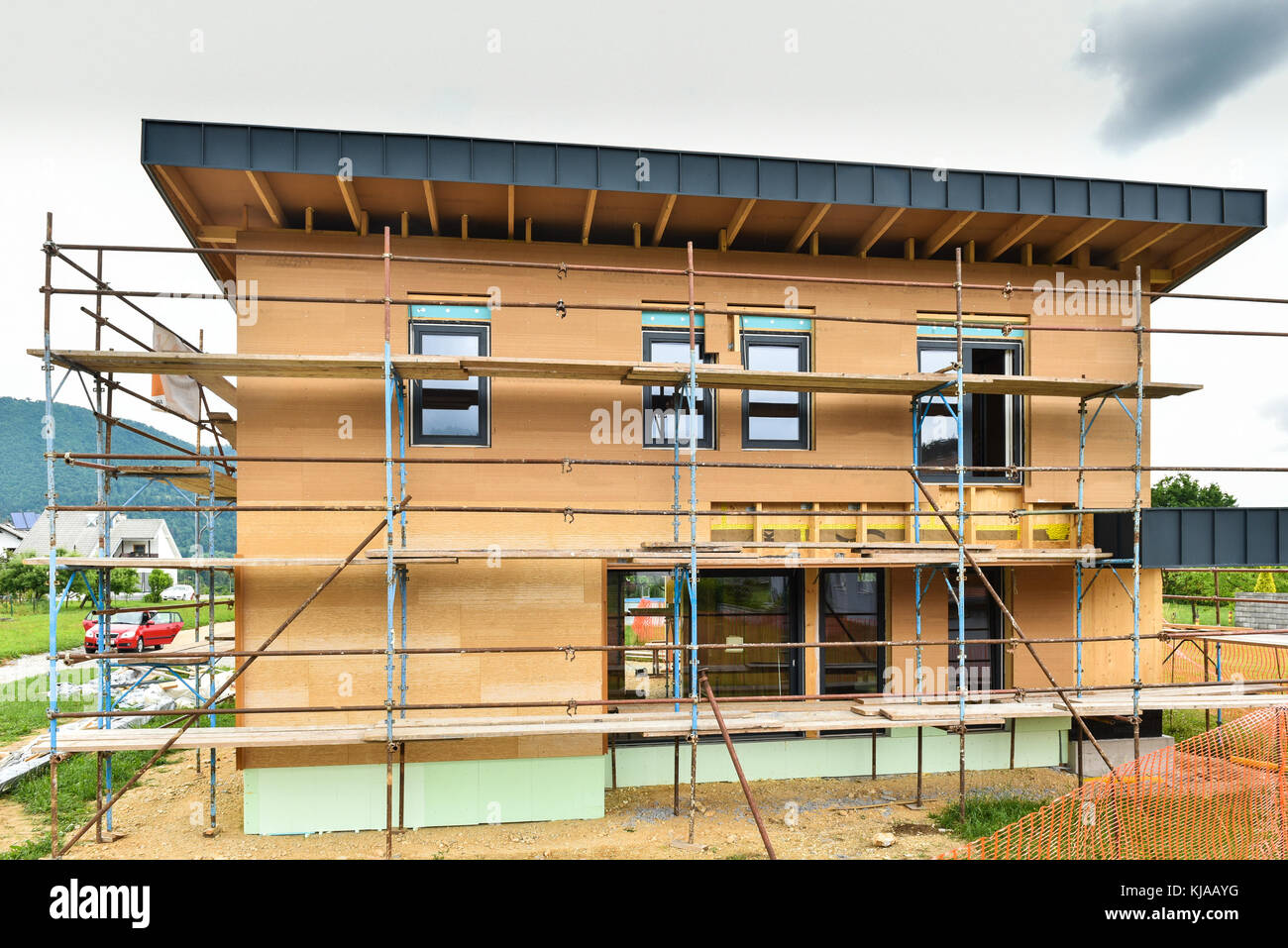 Best Kitchen Gallery: Building Energy Efficient Passive Wooden House Construction Site of Cheap Energy Efficient Home Construction on rachelxblog.com