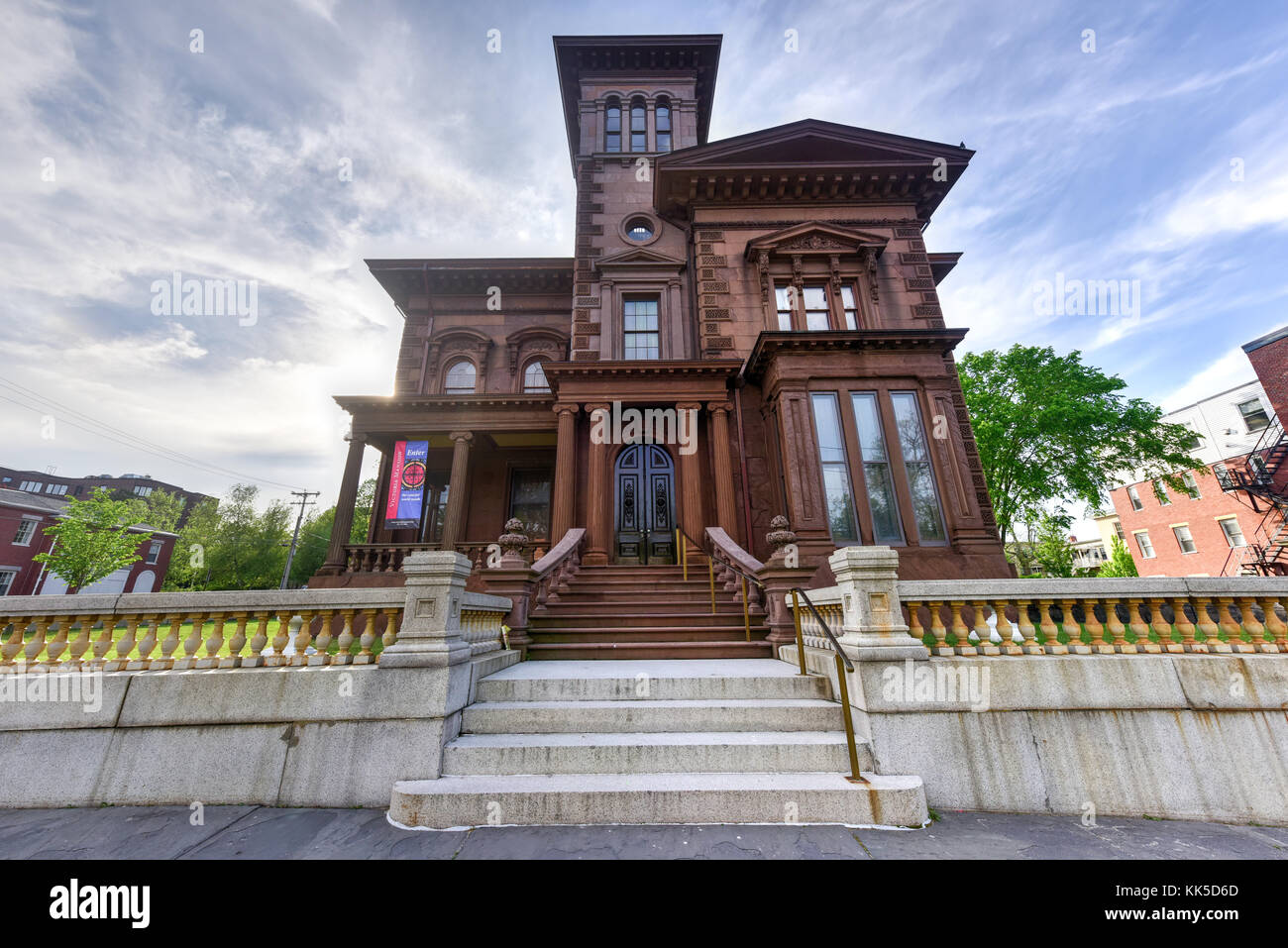 video portland victorian mansion - HD1100×875