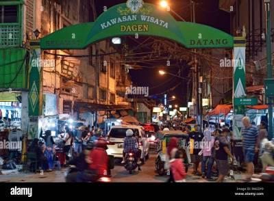 Shopping Indonesia Stock Photos & Shopping Indonesia Stock ...