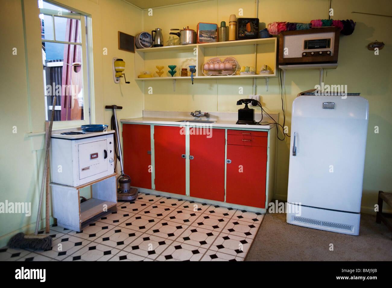 Küche in einem Strandhaus aus den fünfziger Jahren (50er oder 50er Jahre Haus) Auckland