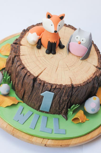 Woodland Creatures Cake | Cakes by Caralin