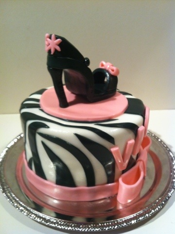 Vicky S Diva Cake Amp Cupcakes Cakes By Cathy Chicago
