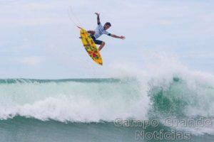 Surfista Filipe Toledo – Foto: Canavarro Photography