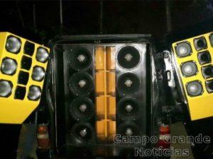 Equipamento de som instalado em um dos veículos apreendidos na Operação 'Perturbação do Sossego Alheio IV', desencadeada pela Polícia Ambiental em Campo Grande (MS) – Foto: PMA/MS – Divulgação