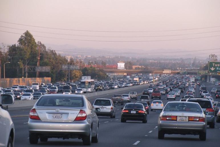 Trânsito de Automóveis (Foto: Divulgação)