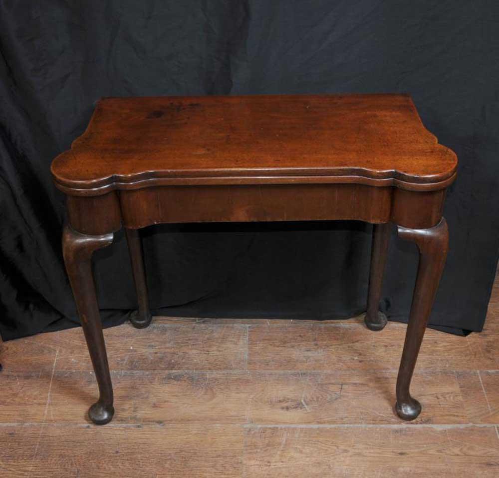 Queen Anne Furniture