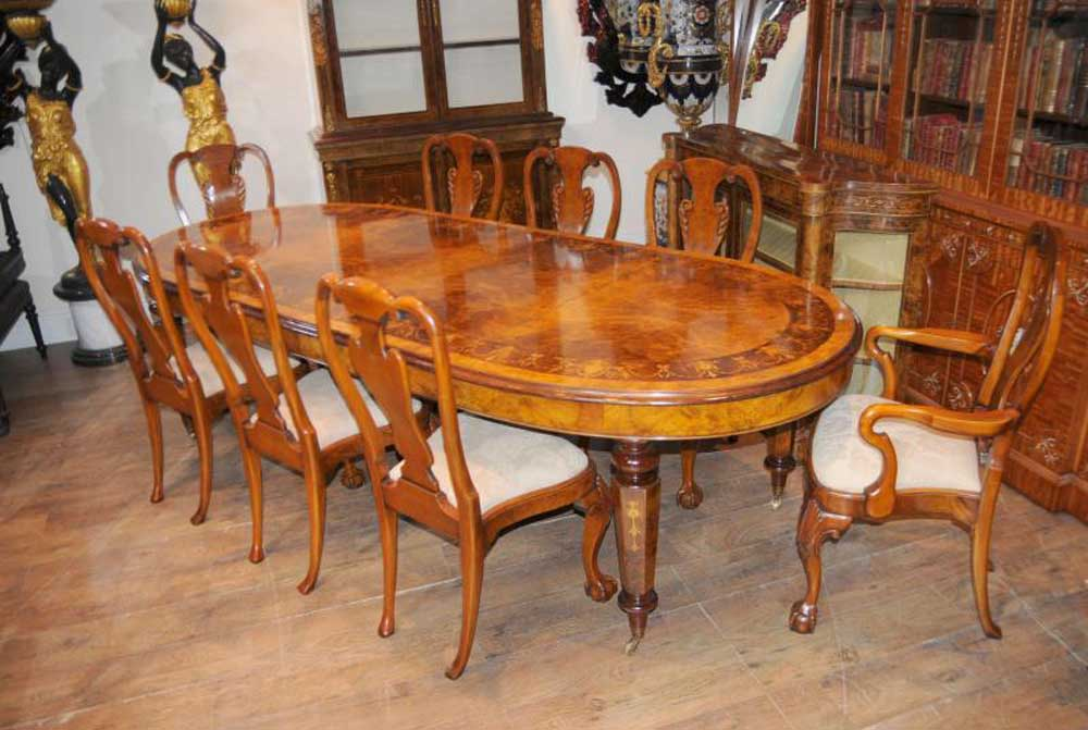 Queen Anne Dining Room Set
