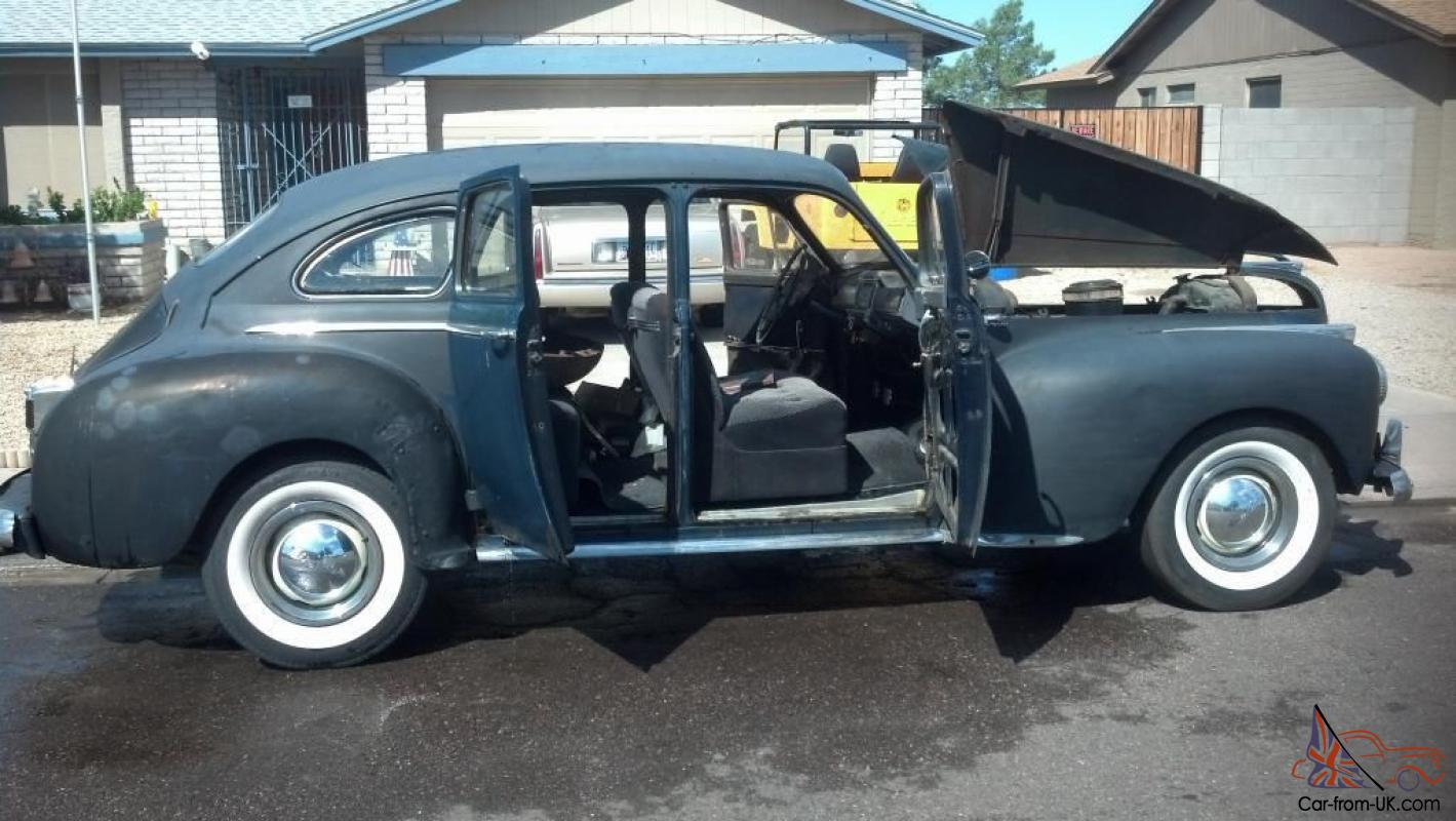 Chrysler : New Yorker suicide door