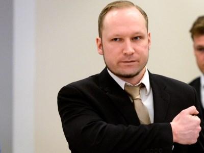 Norway mass killer Anders Behring Breivik defends massacre ...