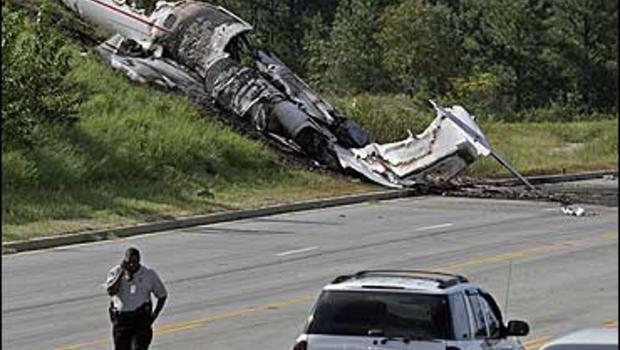 4 Dead In S.C. Plane Crash - CBS News