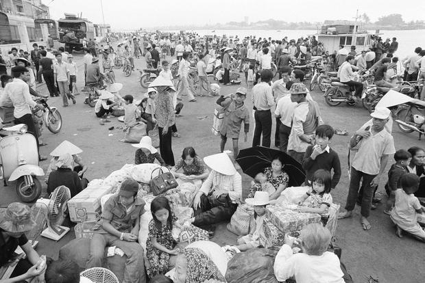 1975 Vietnam Refugees Camps