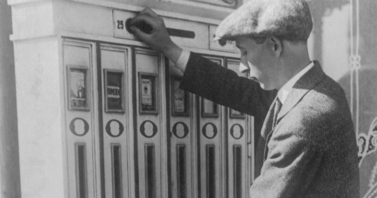 Almanac The First Vending Machine Cbs News