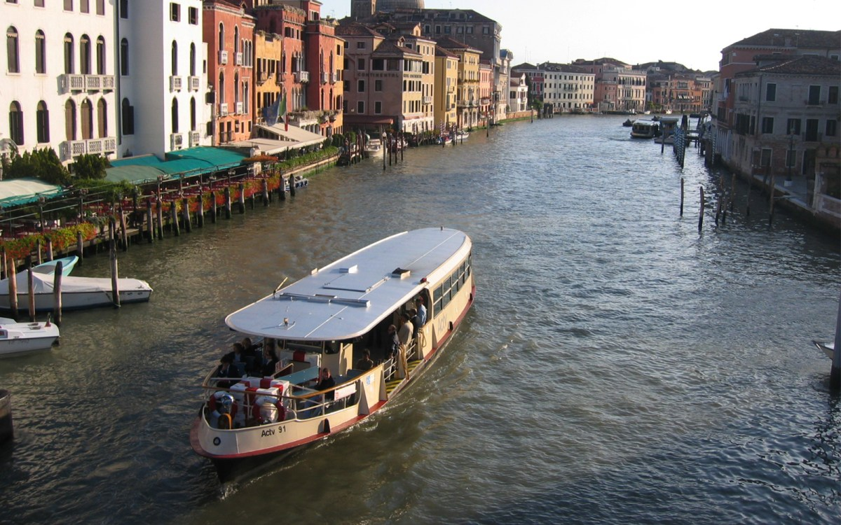Venice ACTV Water Bus Tickets | One way & Two Way Pass
