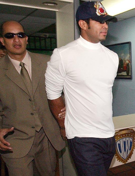 Aaron Hernandez trial: Potential juror sent home for ...