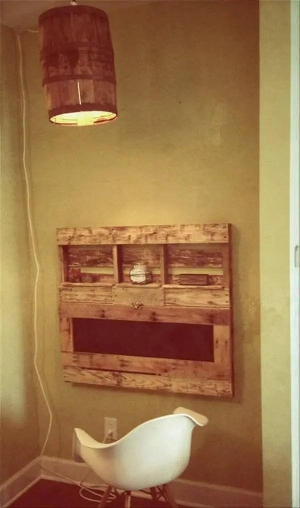 Diy Pallet Fold Able Desk With Shelves 101 Pallets