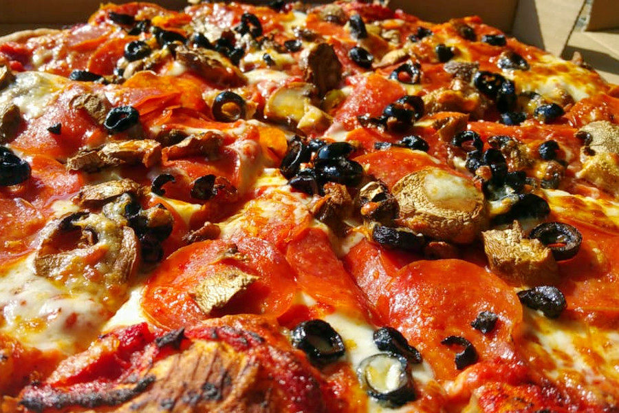 people's choice pizza - 1000×562