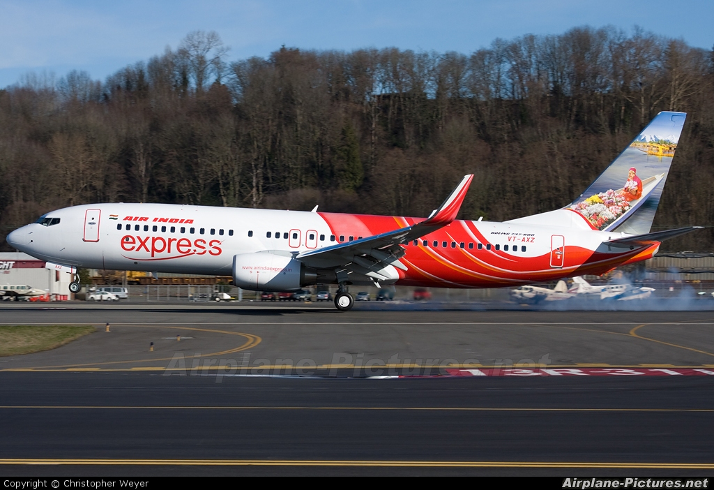 VT-AXZ - Air India Express Boeing 737-800 at Seattle ...