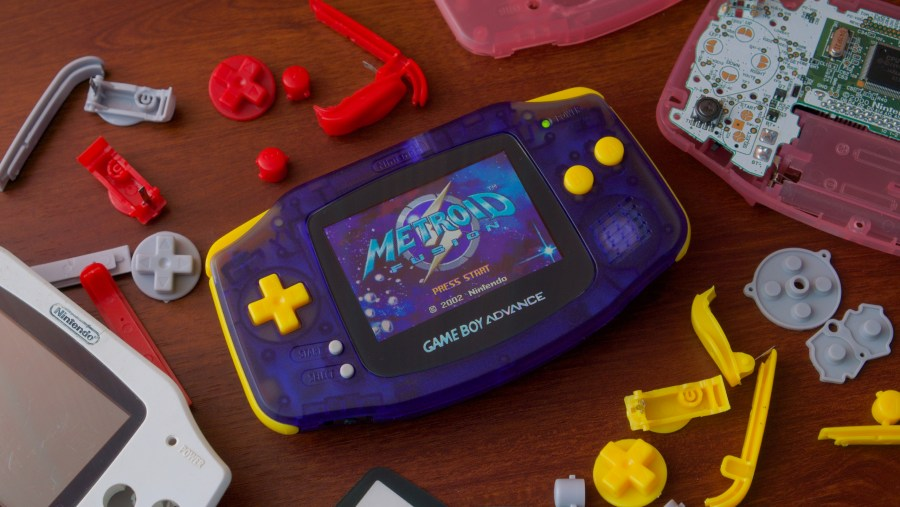 How to make your old Game Boy as good as  or better than  new   Ars     Enlarge   Fixing and upgrading old Game Boys is a fun way to revive and  personalize your old tech  it s also a great excuse for revisiting some  classic