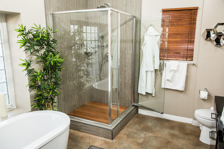 How To Home Amp Family Diy Wooden Slat Shower Floor