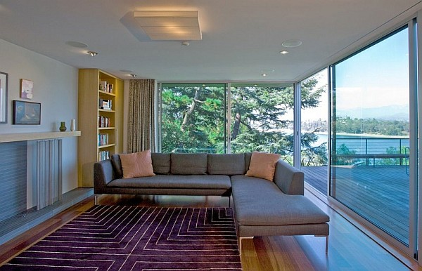 Redesdale Residence In La Overlooks The Beautiful San