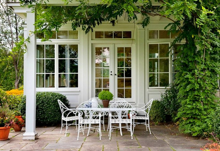 10 New Ways to Think About Wrought Iron for the Garden or Patio View in gallery Green and white always works beautifully together in  outdoor settings