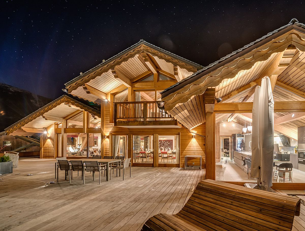 Ultra Modern Living Room Furniture