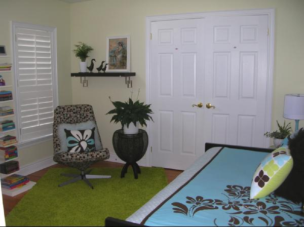 Turquoise Office Decor