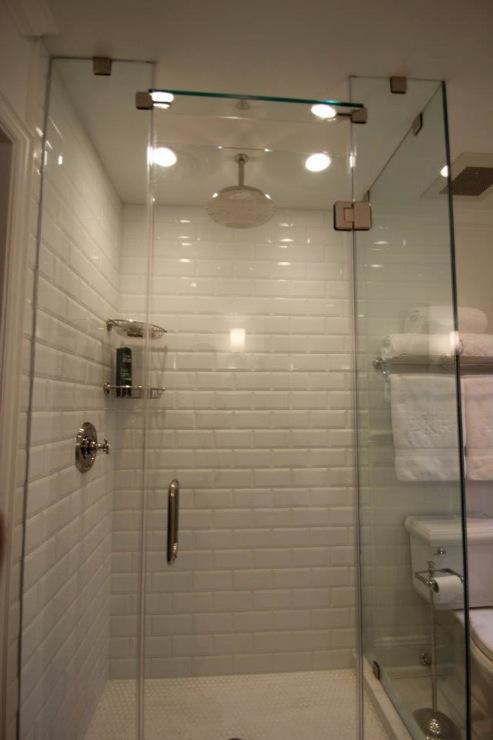 Modern Bathroom Vanity Light Fixtures